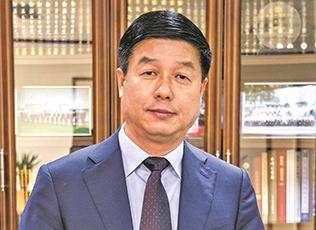 """张建宏:总书记说我们是""""自己人"""" 很感动"""