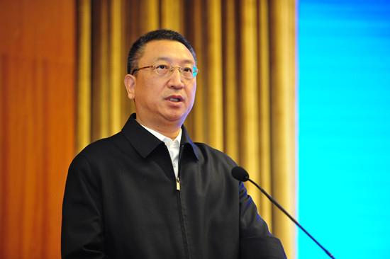 王新哲:积极推进互联网+ 促进我国产业迈向全球价值链中高端